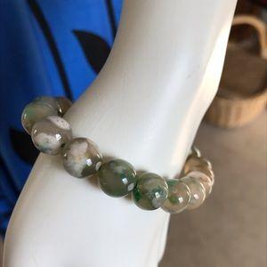 Jewelry - Genuine Flower Agate Stretch Bracelet